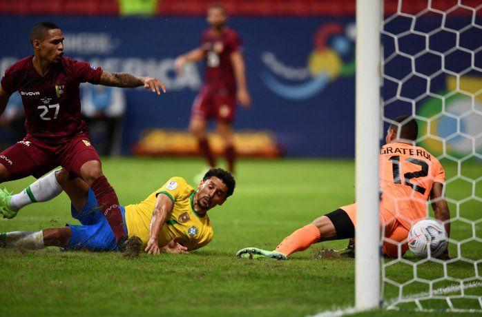 copa-america:-brasil-goleo-a-una-diezmada-venezuela-en-el-debut
